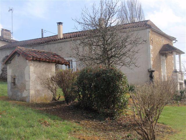 Propriété bâtie au coeur de la Dordogne