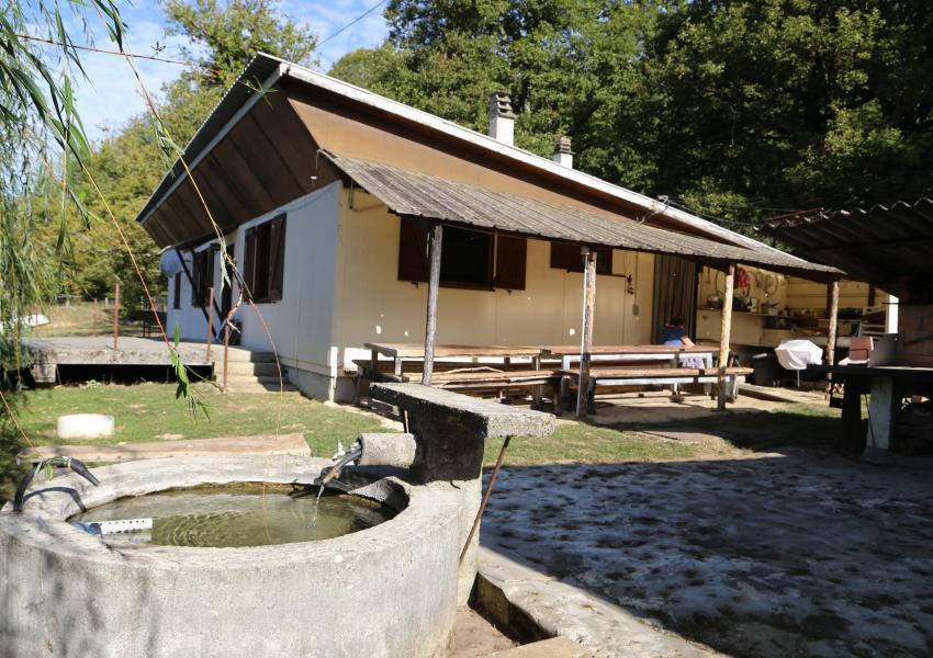 Isère, propriété forestière de 27 ha avec étang et deux maisons d'habitation