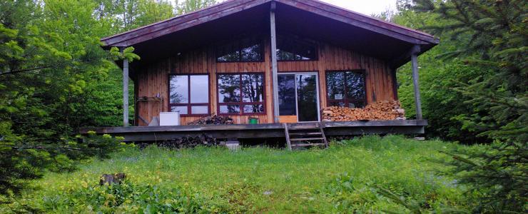 Peut-on construire une maison en forêt?